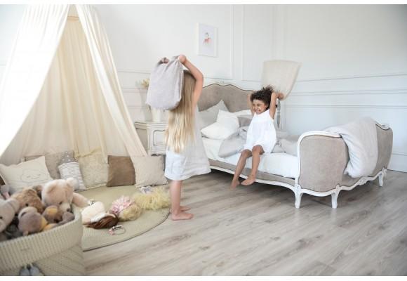 Smulkmenos, kurios formuoja mergaitės kambario atmosferą