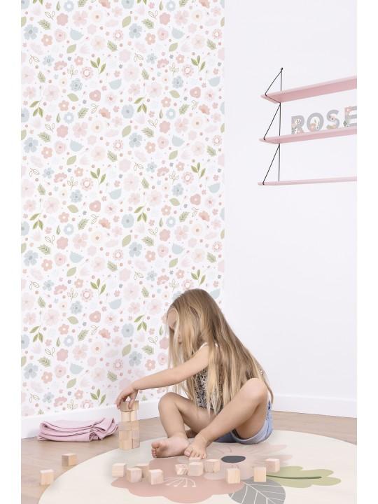Apvalus vaikiškas kilimas. Gėlytės