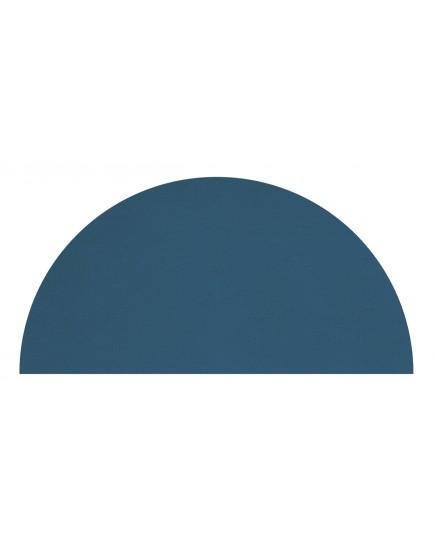 Miegamojo akcentas - kilimas. Tamsus mėnulis