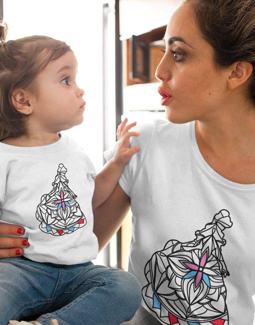 Princesės. Spalvinamų marškinėlių komplektas. Mamai ir dukrai