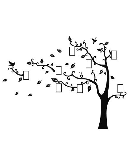 Medis su rėmeliais . Interjero detalė
